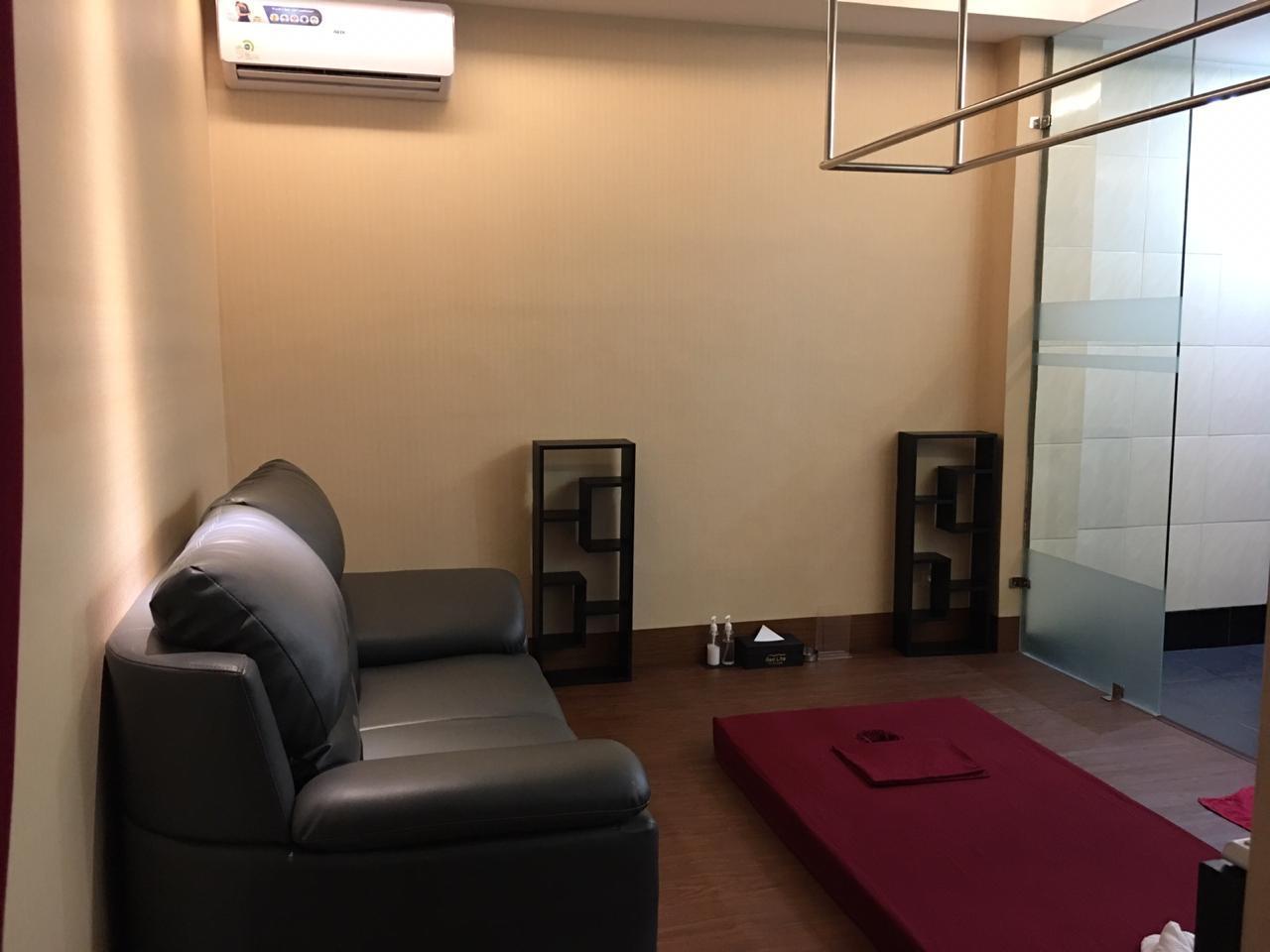 RED LITE Massage, Spa And Shiatsu Sunter (New)!