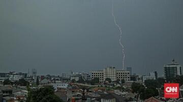 Pakar ITB Prediksi Hujan Lebat Guyur Jakarta 1-10 Februari