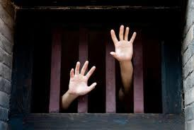 Berlindung Di Balik Kata Sakti Kriminalisasi