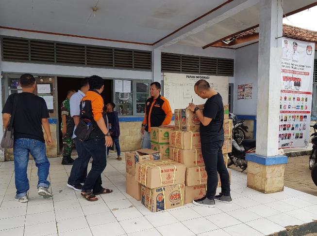 Penyerahan Donasi KASKUS Peduli Tsunami Selat Sunda