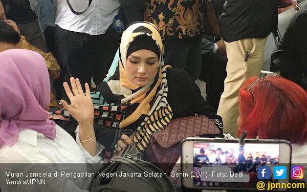 Mulan Jameela. Al Ghazali dan Dul Jamin Penangguhan Penahanan Ahmad Dhani