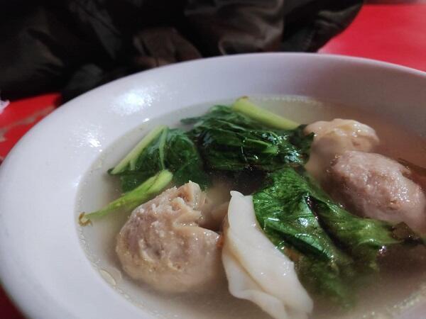 Nyobain Bakmi Roxy di Jalan Sabang: Endeuss dan Murah Banget!