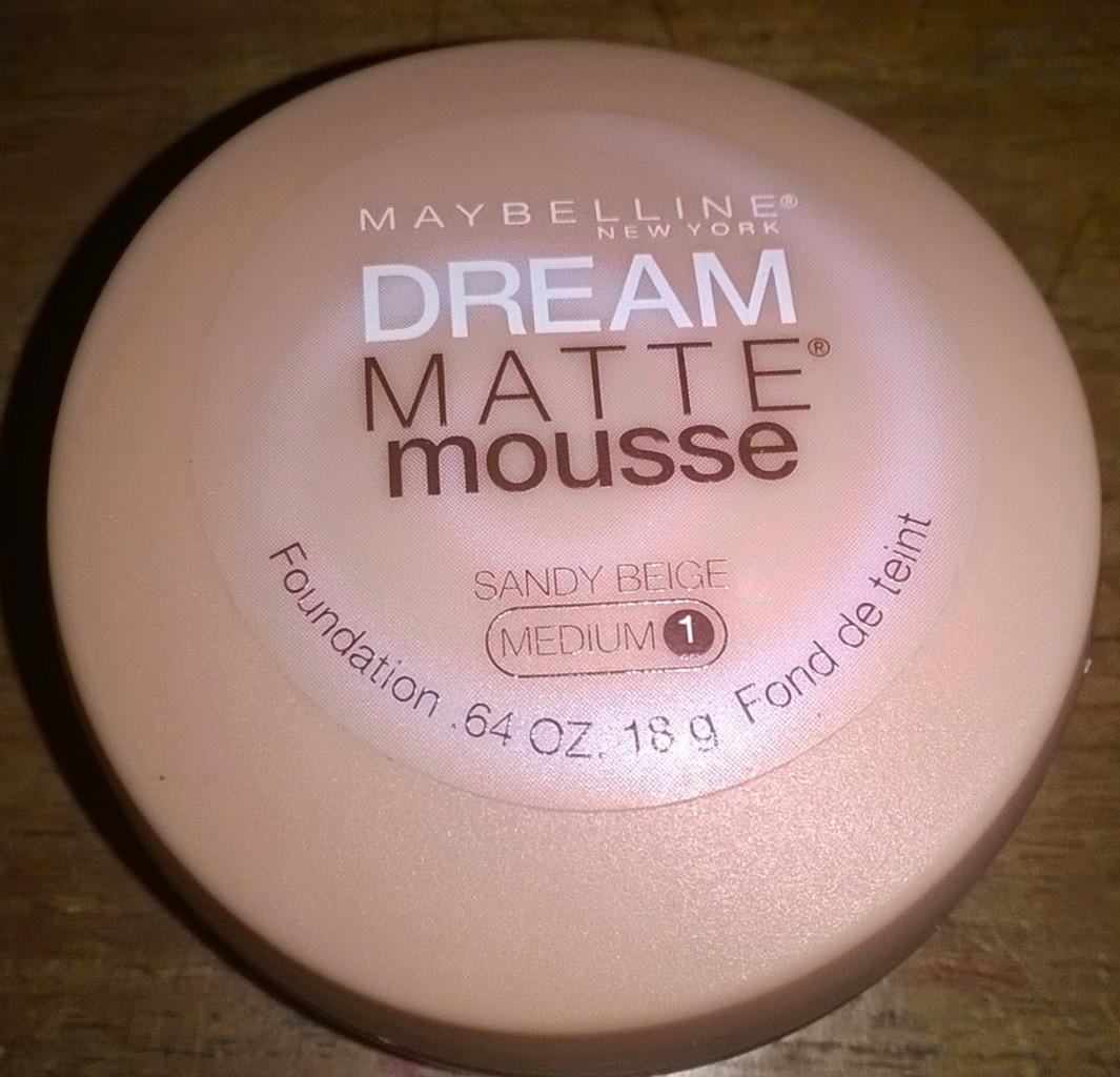 [Review] Maybelline Dream Matte Mousse Foundation
