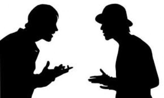 """Saling """"Menyakiti"""" Saat Beda Pilihan, Apaan Sih Untungnya?"""
