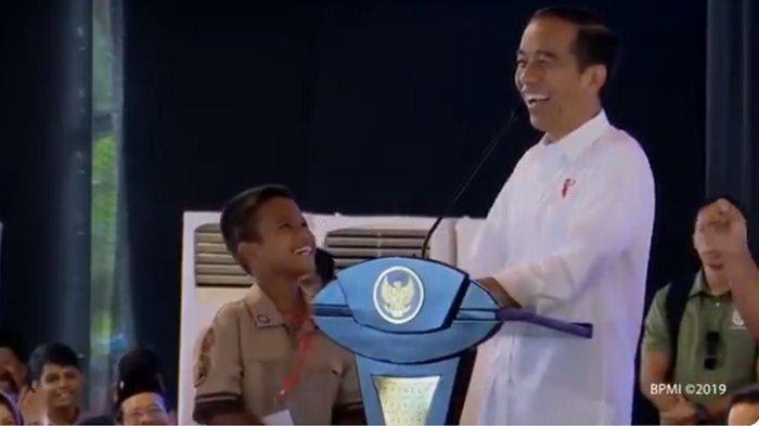 Jokowi Janji Kenaikan Gaji PNS Dilaksanakan Pada April 2019