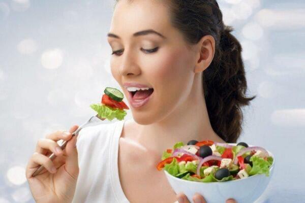 10 Fakta Ilmiah Kenapa Makan Pelan Bikin Cepat Kenyang, Pas untuk Diet