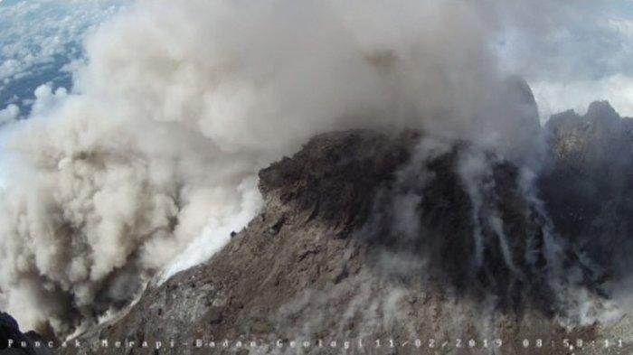 Aktivitas Gunung Merapi Terkini, Kembali Keluarkan Awan Panas pada Jumat Sore