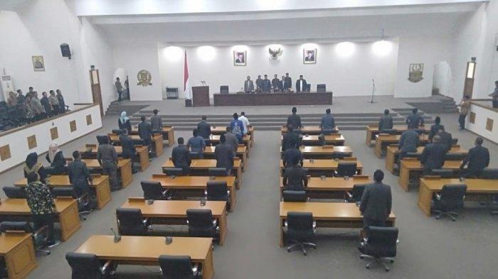 DPRD Kabupaten Bekasi Resmi Umumkan Pengunduran Diri Bupati Neneng Hasanah