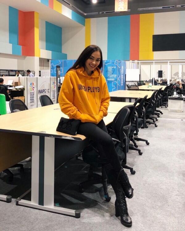 10 OOTD Manis Jolenee Marie, Pemenang Putri Indonesia Lingkungan 2019!