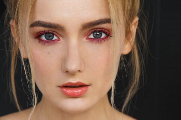5 Tips Makeup untuk Pemilik Mata Besar Agar Makin Stand Out!