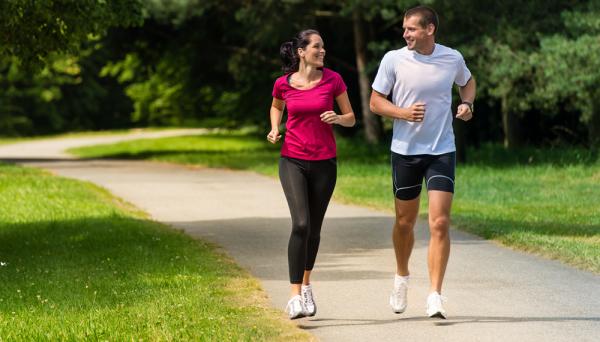 7 Gerakan Olahraga ini Dapat Membantumu Memuaskan Pasangan di Ranjang