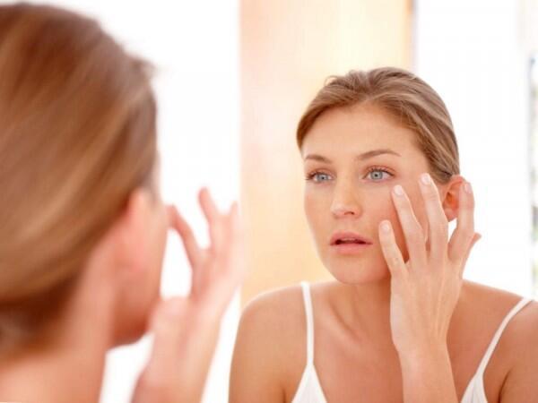 Skincare 101: Cara Kombinasikan Retinol, Vitamin C & Hyaluronic Acid