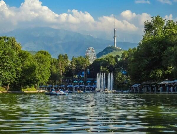 5 Kota di Asia Tengah yang Keindahannya Menghipnotis Wisatawan