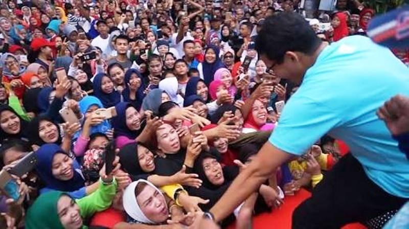 Ribuan massa histeris sambut Sandiaga di Payakumbuh