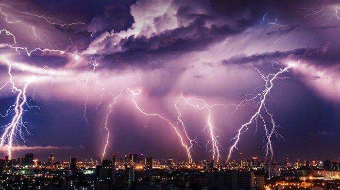 Peringatan Dini BMKG - Daftar Wilayah Berpotensi Cuaca Ekstrem Hari Ini 16 Maret 2019