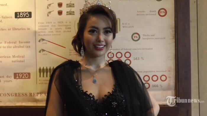 Cinta Ratu Kecewa Dituduh Tuntut Dinafkahi Setara Tarif Artis Hollywood