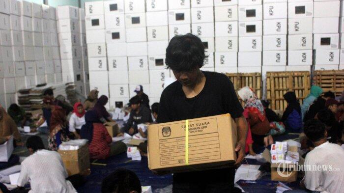 682.937 Surat Suara DPD Telah Tiba di Gudang KPU Sukoharjo