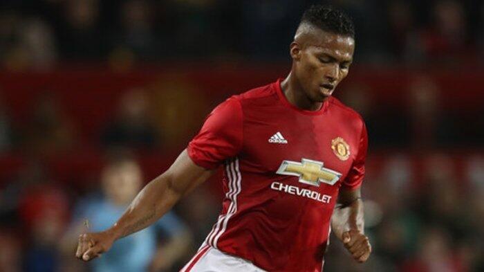 Dikabarkan Hengkang, Kapten Manchester United Diincar Arsenal