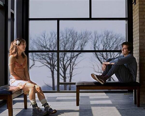 Janjikan Cerita Mengharukan, Inilah 5 Fakta Film Five Feet Apart