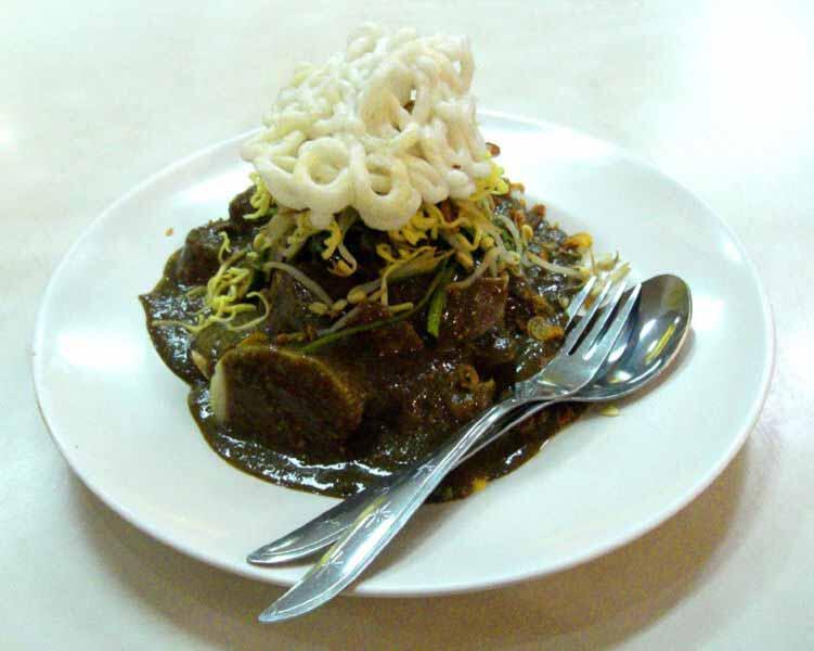 12 Makanan Ekstrim di Indonesia! Berani Memakannya?