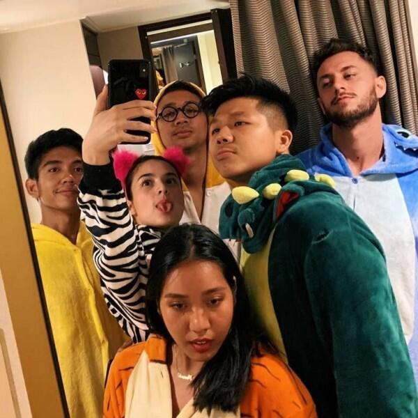 10 Foto Dimas Ramadhan, Cowok yang Kabarnya Teman Dekat Chelsea Islan