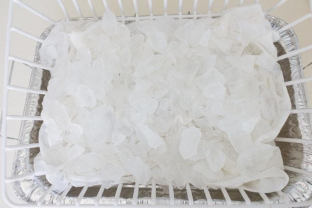 Cara Membuat Bantal Kursi Unik dengan Teknik Pewarna Es
