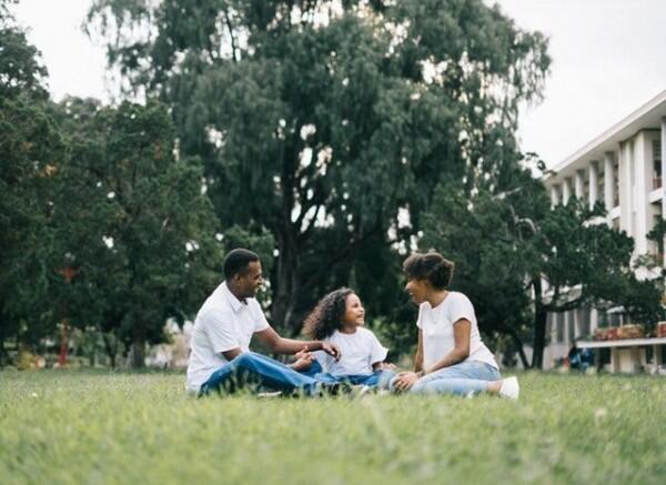 Lakukan 5 Langkah Bijak Ini Saat Jatuh Cinta Pasca Bercerai