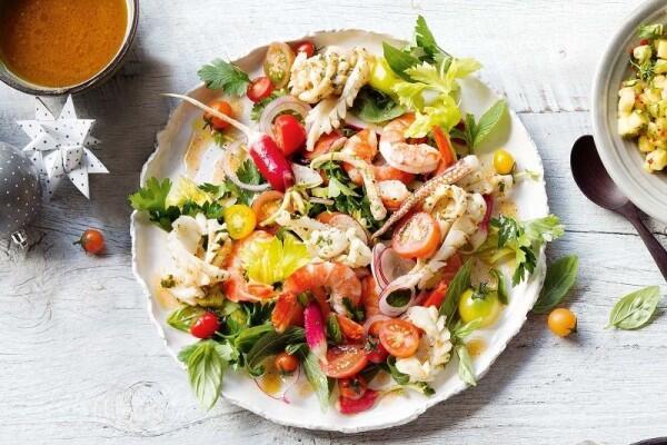 7 Resep Salad IniBisa Jadi Inspirasi untuk Diet Sehat Lho!