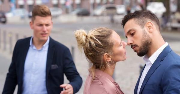 Tidak Semua Perselingkuhan Berakhir dengan Perceraian!