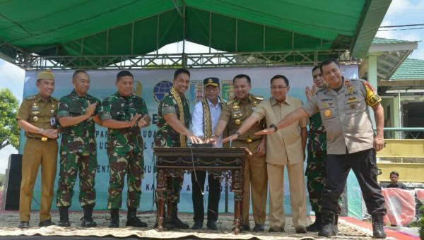 Pendaratan Perdana Berhasil, Bandara Gatot Subroto Resmi Layani Penerbangan Sipil