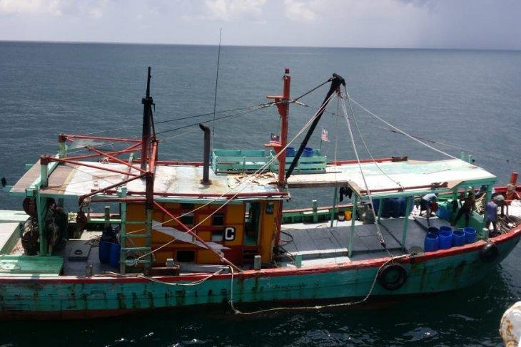 KKP Berturut-turut Tangkap Dua Kapal Ikan Berbendera Malaysia