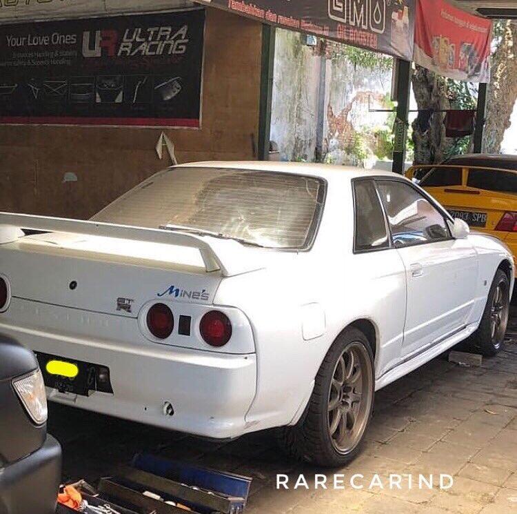 Koleksi Mobil Rare di Tanah AIr