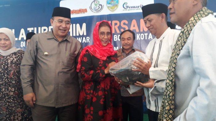 Menteri Susi, Dorong Para Santri Konsumsi Ikan Segar