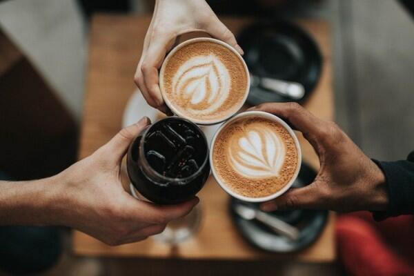 Ketahuilah, 7 Alasan Orang Kecanduan Minum Kopi Menurut Psikologi