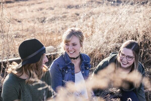 6 Tindakan yang Wajib Kamu Biasakan untuk Menghargai Orang Lain