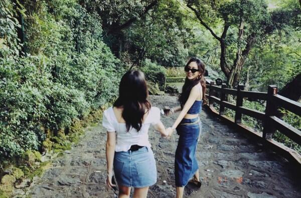 10 Potret Persahabatan Fei dan Jia Eks Miss A, Besties Forever Deh!