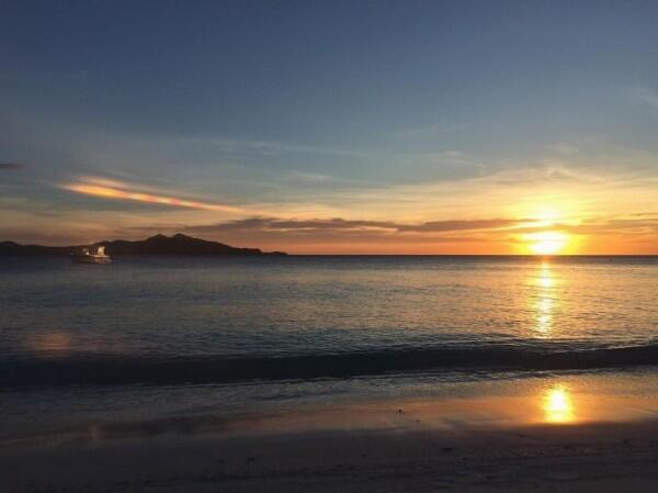 9 Foto Sunset di Berbagai Negara ala Tatjana Saphira, Pesonanya Magis