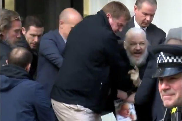 Pendiri Wikileaks, Julian Assange Ditangkap!