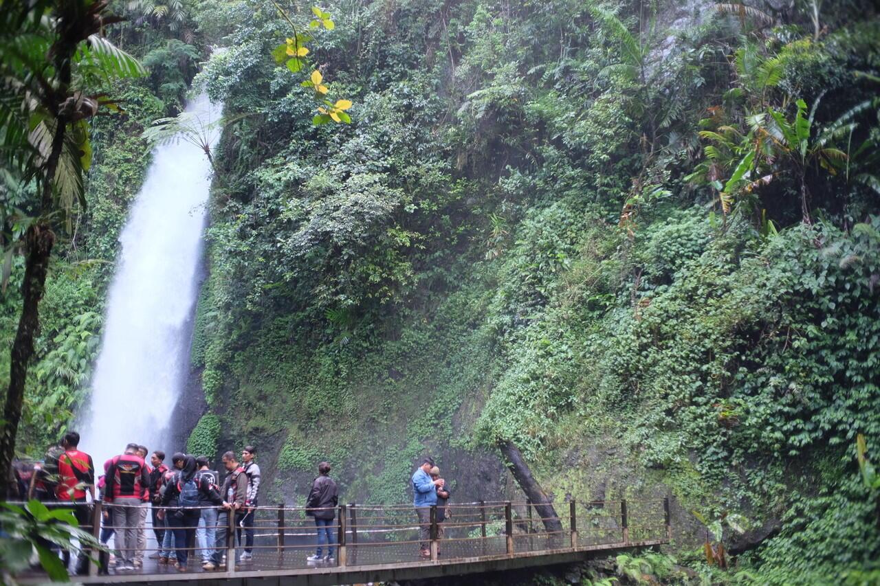 """Tempat Wisata """"Agak Mahal"""" di Situ Gunung, Sukabumi !"""
