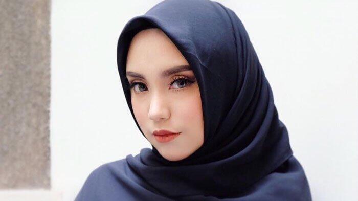 Viral Cewek Cantik Salmafina Lagi Cari 'DONOR SPERMA', Inilah Faktanya, MINAT?
