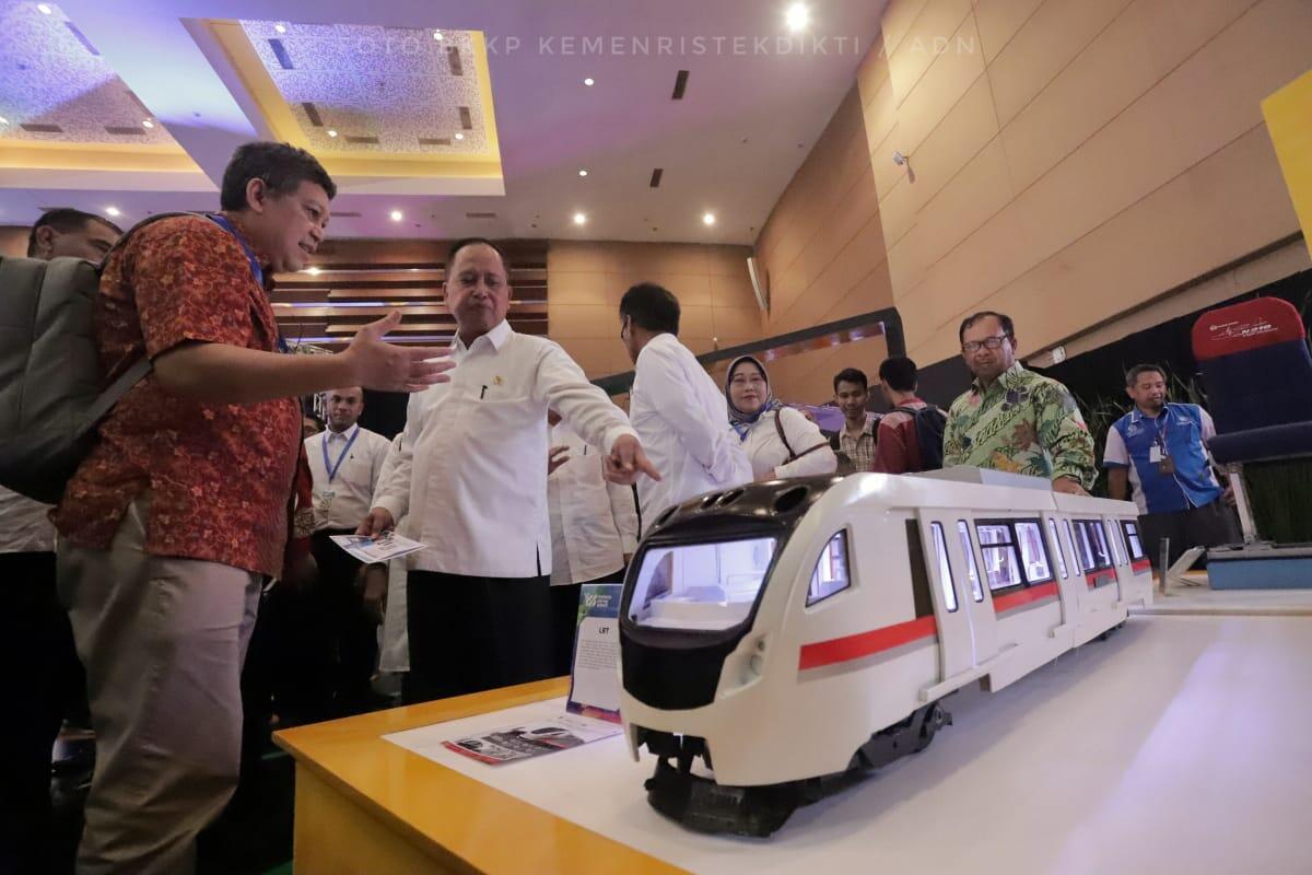 Menristekdikti Sebut Startup Indonesia Nomor 1 di ASEAN