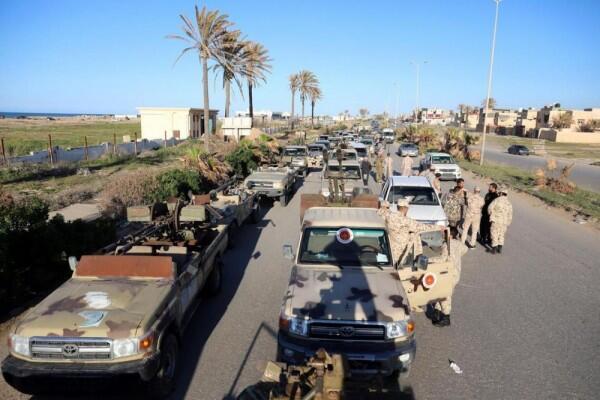 Kontak Tembak Kian Meluas, Ribuan Warga Tripoli Mulai Diungsikan