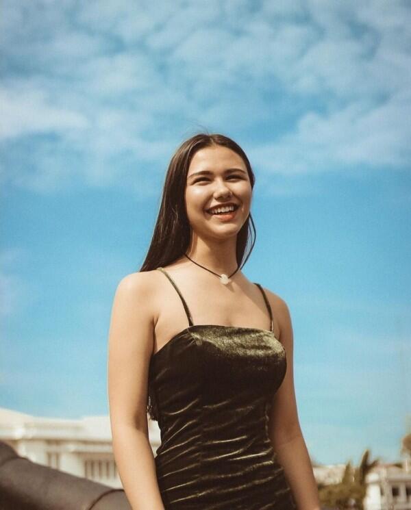 10 Potret Tiana Mannering, Selebgram yang Disebut Mirip Kylie Jenner