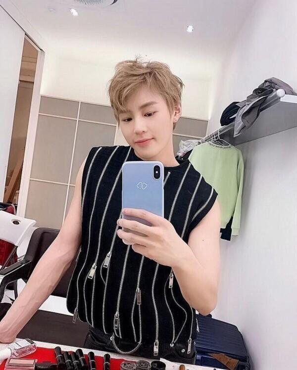 Sukses Berkarier Solo, 10 Fakta Ha Sung Woon eks Wanna One