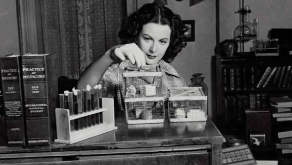 10 Ilmuwan Wanita yang Berkontribusi dalam Sejarah Sains Dunia