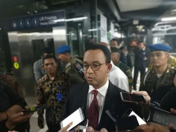 Surati Menteri PUPR, Anies Minta Kolong Jalan Tol Dikelola Pemprov DKI