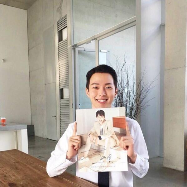 """10 Potret Memesona Jang Ki Yong, """"Pembunuh Bayaran"""" di Drama Kill It"""