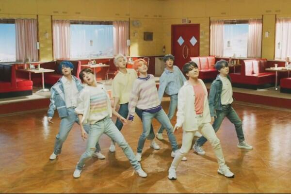 Segera Comeback, 10 Harga Outfit Mewah BTS di Teaser MV Boy With Luv