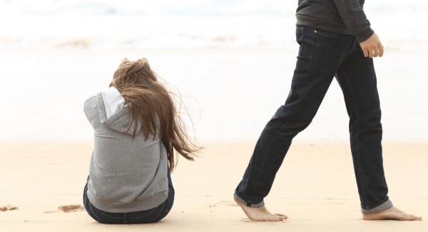 5 Alasan Kamu Gak Perlu Berantem Rebutan Pacar, Toh Belum Tentu Jodoh!