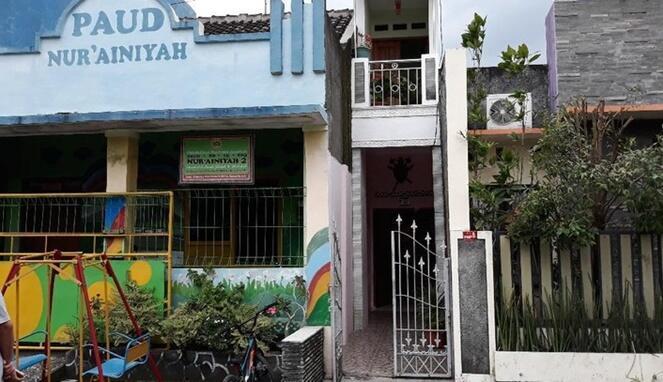 Rumah di Solo Lebarnya Hanya 1 Meter, Bagian Dalamnya Bikin Melongo!